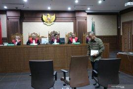 Mantan dirut Garuda Indonesia didakwa lakukan pencucian uang
