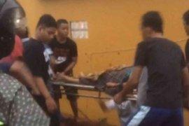 Nahas, seorang warga Bekasi tewas tertimpa turap saat hujan deras
