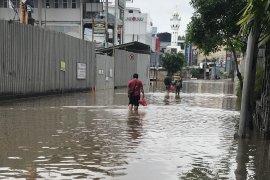 Saat banjir, Operator seluler upayakan BTS tetap teraliri listrik