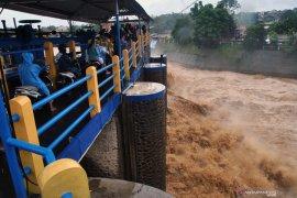 Hujan lebat potensi terjadi di Jawa Barat dan Banten