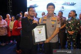 MURI beri penghargaan kepada Kapolda Maluku