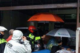 Satu anak diduga hilang hanyut, dibenarkan Camat Cipondoh