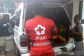 Seorang warga meninggal tersengat tiang listrik saat banjir