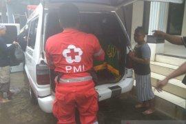 Tersengat listrik saat banjir, warga Tangerang meninggal