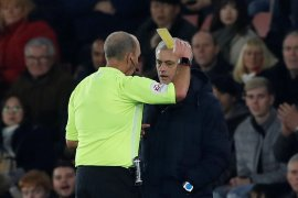 Saya kasar kepada orang idiot, saya pantas dapat kartu kuning, kata Mourinho