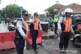 Akibat banjir, Sudin Perhubungan Jakarta Selatan tutup enam ruas jalan