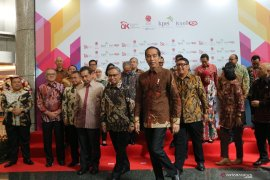 Presiden Jokowi minta bursa saham bersih dari praktik yang tidak benar