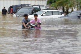 Banjir di Bekasi Page 1 Small