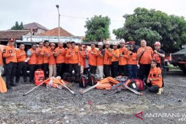 BPBD Cianjur kirim 15 petugas bantu korban banjir di Bekasi dan Bogor