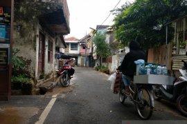Banjir di Pasar Baru surut, warga mulai beraktivitas normal