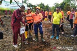 Polda Jambi tanam 600 pohon cegah pemanasan global