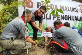 Kapolda Maluku pimpin kegiatan hijaukan puncak gunung Sirimau