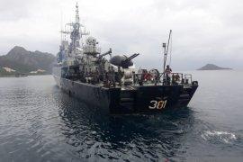 KRI siaga tempur jaga laut Natuna
