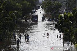 Pertamina salurkan 146 tabung elpiji untuk dapur umum  Jakarta