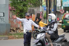 Dishub pastikan jalan Kota Tangerang kembali lancar setelah banjir surut
