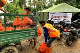 Askrindo-Mandiri-Perhutani bersinergi Bantu korban banjir di Bogor
