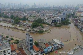 Gubernur Anies akan evaluasi penanganan banjir Jakarta