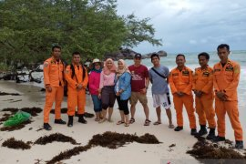 Basarnas SAR Belitung pantau objek wisata pantai