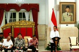 """Presiden Jokowi berharap draf """"omnibus law"""" rampung pekan ini"""