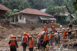 Hari kelima pencarian tiga korban longsor di Bogor belum ditemukan