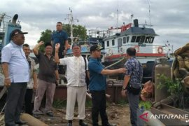 DPRD Banjarmasin kritik tindak lamban penertiban parkir kapal di RK Ilir