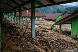 19 bangunan sekolah di Lebak rusak berat akibat banjir