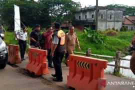 Jembatan Rasau Jaya yang amblas segera diperbaiki