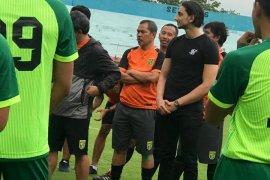 """Mustaqim """"pulang kampung"""" sebagai asisten pelatih Persebaya"""