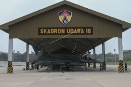 TNI AU terbangkan empat F-16 untuk patroli di Natuna