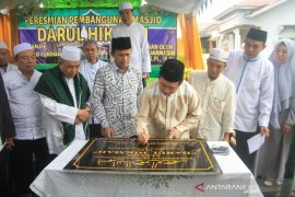Wali kota resmikan masjid Darul Hikmah