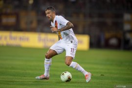 Aleksander Kolarov  perpanjang kontrak di AS Roma