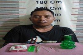 Lagi asyik nyabu, Banteng ditangkap Polisi Salapian Langkat