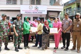 Polres dan Kodim bantu korban banjir di Cempaka