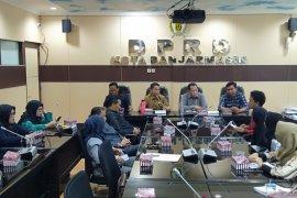 DPRD siap diawasi Mahasiswa Banjarmasin