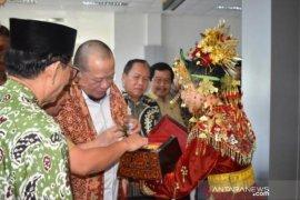 Wagub perkenalkan lada Babel ke Ketua DPD RI