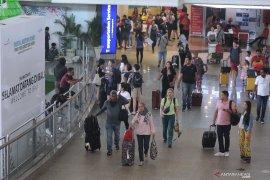 2019, penumpang lewat Bandara I Gusti Ngurah Rai tumbuh 2 persen