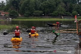 Anggota Polresta Tasikmalaya dibekali kemampuan selamatkan korban banjir