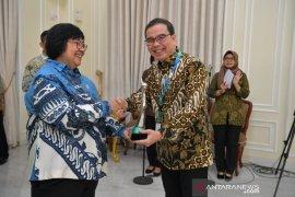 KLHK beri penghargaan Indocement karena terapkan prinsip ekonomi hijau