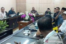 Panitia Hak Angket DPRD Jember terima laporan amburadulnya birokrasi