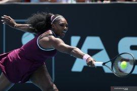 Serena dan Wozniacki melangkah ke semifinal