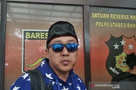 Tedy ayah tiri Rizky Febian penuhi panggilan Polrestabes Bandung