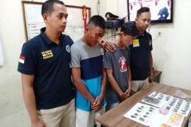Polres Jayapura tangkap dua pengedar ganja di Sentani