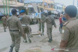 Satpol PP tertibkan pedagang kaki lima di Aceh Timur