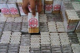 Di Kabupaten Malang, Bea Cukai sita ribuan bungkus rokok ilegal
