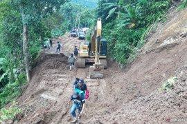 ACT salurkan bantuan logistik  bagi korban tanah longsor di Kabupaten Lebak