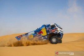 Juarai etape VII,  Karginov bertahan puncaki klasemen Reli Dakar
