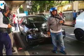 Terjadi tabrakan beruntun  di Jalan Antasari Jakarta
