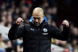 Manchester City gusur Leicester