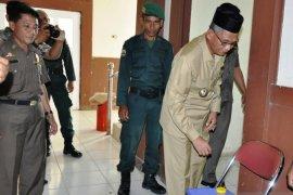 Bupati Nagan Raya dan ratusan PNS ikut tes urine cegah pengaruh narkoba