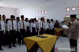Sayed Jafar lantik 48 Anggota BPD Pulau Laut Kepulauan